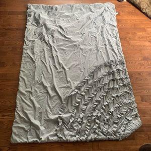 Mainstays grey twin sized ruffle comforter blanket
